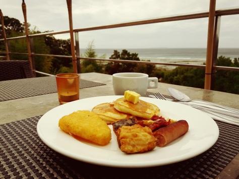 eatplaylog bohol day 4 tagbilaran ocean suites hotel breakfast food beach view